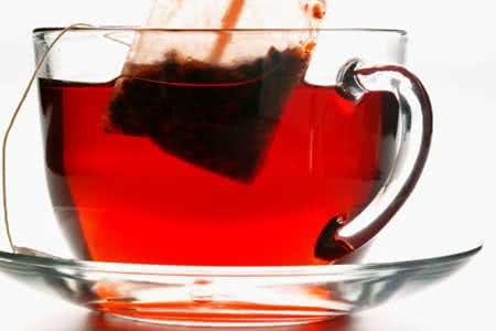 Chá vermelho emagrece e tem outros benefícios