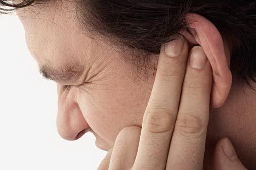 Conheça alguns chás que ajudam a tratar dor de ouvido