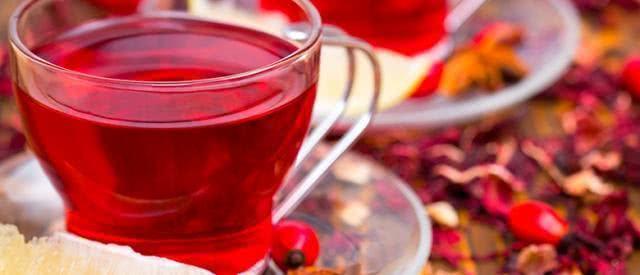 Saiba como deixar o chá de hibisco mais potente