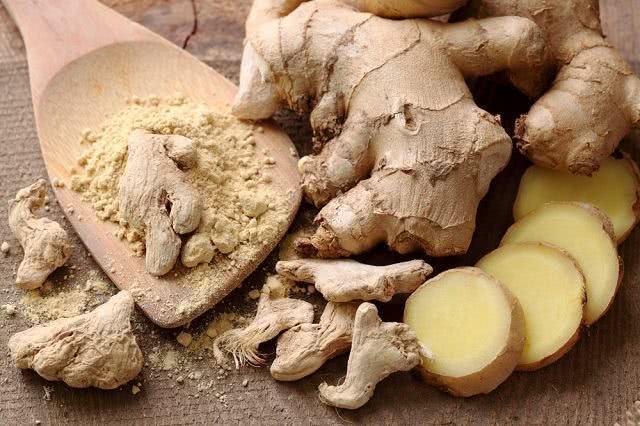 Conheça chás para tratar casos de intoxicação alimentar